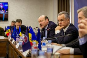 Ruling coalition gathered today to speak on most important projects unfolding in Moldova